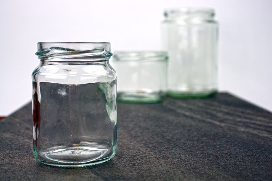 glas-klein